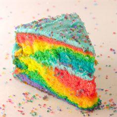 Tie-Dye Cake with Blue Raspberry Frosting for my little pony cake. Diy Tie Dye Cake, Tye Dye Cake, Tie Dye Cupcakes, Tie Dye Party, Bolo Tye Dye, Bolo Diy, Kreative Desserts, 20 Birthday Cake, Raspberry Frosting
