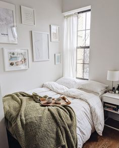 Apartment Therapy on First Friday of 2020 means you deserve breakfast in bed. (v… Home therapy on the first Friday of 2020 means that you deserve breakfast in bed. (via thenamestesa). Cozy Bedroom, Bedroom Inspo, Bedroom Decor, Bedroom Ideas, Warm Bedroom Colors, Bedroom Neutral, Bedroom Modern, White Bedroom, Entryway Decor