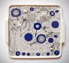 Retro Pottery Net: Esteri Tomula - Pastoraali - beautiful and iconic design part of the Pastoraali line designed by Esteru (Essu) Tomula for Arabia Finland. Porcelain Ceramics, Ceramic Pottery, Ceramic Art, Ceramic Plates, Ceramic Design, Pottery Designs, Marimekko, Vintage Pottery, Mid Century Design