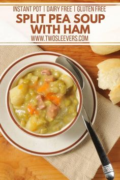 This Split Pea Soup with Ham is a warm and hearty soup that makes a great simple dinner option! Make this in your slow cooker or Instant Pot! Split Pea Soup with Ham Easy Split Pea Soup, Split Pea Soup Recipe, Best Soup Recipes, Healthy Soup Recipes, Crock Pot Soup, Slow Cooker Soup, Gluten Free Recipes High Protein, Pea And Ham Soup, Soup Crocks