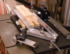 Woodworkers Drill Press Centering Jig.