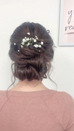#hair #hairstyles #updo #updohairstyles #updotutorial #bridal #bridetobe #bridehair #boho #bohostyle #bohowedding #wedding #weddinghairstyles Wedding Hairstyles With Veil, Flower Girl Hairstyles, Bride Hairstyles, Fancy Hairstyles, Up Dos For Medium Hair, Medium Hair Styles, Boho Bridal Hair, Whimsical Wedding Hair, Simple Wedding Updo