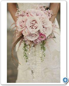 bruidsboeket-lila-roze-rozen