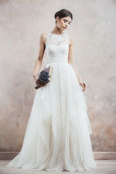 gorgeous wedding dress #weddingstyle