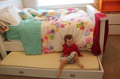 A Crafty B: DIY Trundle Bed