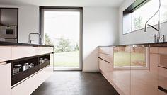 Vila Regenburg | realizácie kuchyne Eggersmann Helsinki, Divider, Kitchen Cabinets, Furniture, Home Decor, Kitchen Maid Cabinets, Home Furnishings, Interior Design, Home Interiors