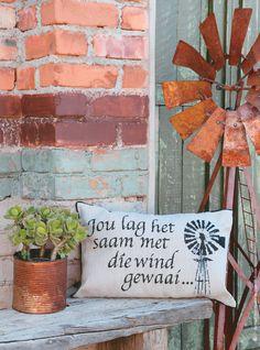 Cross Stitch, Throw Pillows, Home Decor, Punto De Cruz, Toss Pillows, Decoration Home, Cushions, Room Decor, Seed Stitch