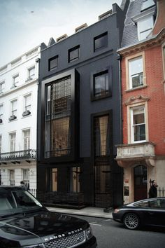 20 Dramatic Home Exteriors Proving Black is the New Black…