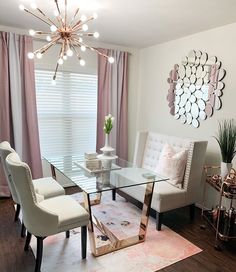 With the change of the season, many homeowners feel inspired to decorate and remodel their homes. To help you with your spring interior design efforts, I share my top ten decorating tips and tricks to help you decorate like a pro! Cheap Home Decor, Home Decor Items, Decorating Your Home, Interior Decorating, Interior Designing, Interior Design Inspiration, Room Decor, Furniture, Happy Tuesday