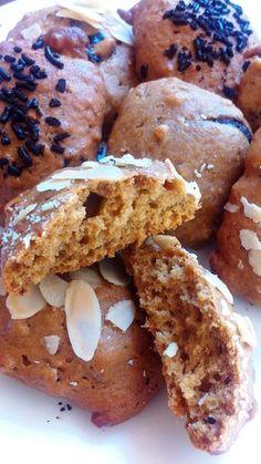 ΜΠΙΣΚΟΤΑ ΜΑΛΑΚΑ ΜΕ ΤΑΧΙΝΙ , ΜΕΛΙ ΚΑΙ ΒΡΩΜΗ   Αφράτα μπισκότα με βάση το ταχίνι και το μέλι ιδανικά για περιόδους νηστείας ...και όχι μόνο!!...