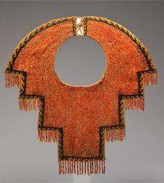 Peru ~ Chimú | Collar; spondylus shell and black stone beads, cotton | ca. 12th to 14th century
