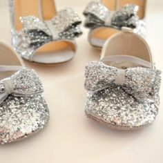 Mommy/daughter diy glitter shoes?? yes!! Toddler Mary Janes + glitter + Mod Podge.  Couldn't be any cuter!*