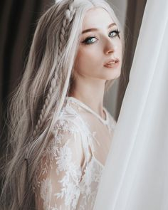 Image uploaded by virgi. Find images and videos about hair, blonde and hairstyle on We Heart It - the app to get lost in what you love. Girls Characters, Female Characters, Pretty People, Beautiful People, Alena Shishkova, Female Character Inspiration, Hair Reference, Portrait Photography, Hair Makeup