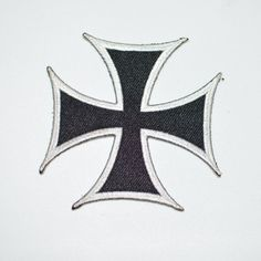 "BLACK//WHITE NEW*** PATCH 3/""D CHOPPER CROSS IRON//SEW ON"