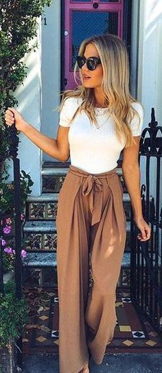 Kind of obsessed with this style of pants, not sure they will work for me but want to try!