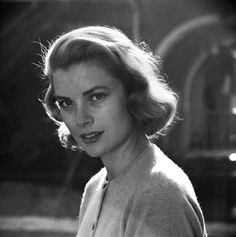 Not originally published in LIFE. Grace Kelly, 1954 (Loomis Dean—Time & Life Pictures/Getty Images) See more: http://ti.me/QsxbFN