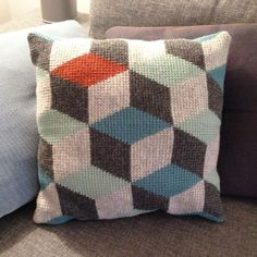 Tunisian crochet pillow 3D blocks