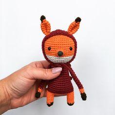 🍁 Der Herbst ist da 🍂 #bobbelfux #crochet #häkeln #szydełkowanie #crochetlove #crochetersofinstagram #crochetanimal #crochetdoll #herbst #autumn #jesień #häkeltiere #häkelsüchtig #häkelnisttoll #ilovecrochet #amigurumi #fuchs #fox #lisek #diy #freepattern #anleitung @mamacalluna 🦊