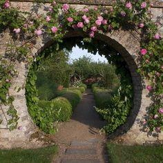 I always wanted a moon gate in my garden. Portal, Magic Places, The Secret Garden, Secret Gardens, Moon Gate, Enchanted Garden, Garden Structures, Garden Gates, Garden Entrance