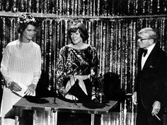 Maggie Smith California Suite with George Burns and Brooke  Shields