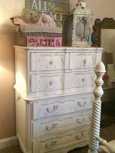 Gorgeous shabby chic antique dresser ASCP Old White