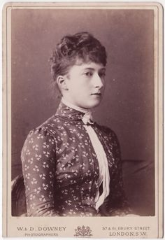 Maud of Wales Norwegian Royalty, English Royalty, Maud Of Wales, Images Of Princess, Alexandra Of Denmark, Queen Victoria Family, Princesa Real, Danish Royalty, Royal King