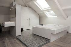 Moderne badkamer in slaapkamer, afgewerkt in betonlook www ...