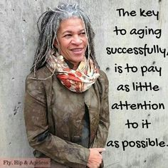 Pro Aging, Antiaging, Aging Gracefully, Beauty at any Age, over over over 60 50 Y Fabuloso, Now Quotes, Advanced Style, Ageless Beauty, Grey Hair, Black Hair, Getting Old, Belle Photo, Decir No