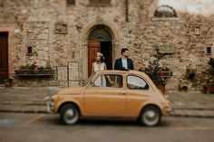 Exploring beautiful Tuscan sights with this two. A distinctive charm and alluring playfulness of Tuscany worked their magic. Caravan, Tuscany, Croatia, Wedding Blog, Summer Wedding, Exploring, Community, Italy, Magic
