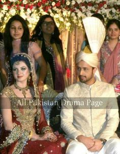 ♡jan with janu Sweet Couples, Cute Couples, Atif Aslam Wife, Pakistan Bridal, Very Pretty Girl, Pakistani Culture, Shadi Dresses, Mehndi Dress, Pakistani Actress