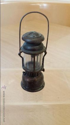 Sacapuntas Farol, Juguetes Martí,  antique pencil sharpener. Numero 1022