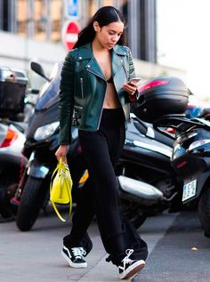 Consultora de moda, modelo e blogueira, Aleali May.