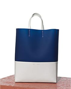 um i need this celine cabas cloudy lagoon Celine Cabas Tote, Celine Bag, Tote Bag, Clutch Bags, Leather Purses, Leather Bag, Leather Totes, Bag Sewing, Leather Accessories