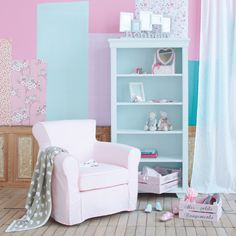 Pair of Pastel crates Vintage Girls Rooms, Shabby, Pink Room, Pastel Colors, Girls Bedroom, Bookcase, Living Room, House, Design