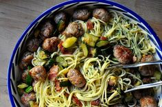 the parsley thief: Zucchini & Sausage Carbonara.... adapt to make lo carb.... instead of pasta use zucchini noodles