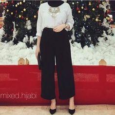 Hijabi Date night outfit tips and tricks Modern Hijab Fashion, Street Hijab Fashion, Islamic Fashion, Muslim Fashion, Fashion Outfits, Trendy Fashion, Hijab Casual, Hijab Chic, Hijab Office