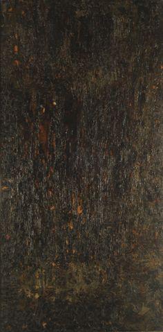 """  Alberto Greco   """"Sin Título""""   1960   Óleo, brea y bleque sobre tela   200,5 x 100,8 cm. - Marco: 203,5 x 103,5 cm.   Inv. 9393   http://www.mnba.gob.ar/coleccion/obra/9393  """