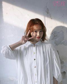 Kpop Girl Groups, Kpop Girls, Uzzlang Girl, Beautiful Fairies, Kim Min, Kpop Aesthetic, Yuri, Korean Girl, Juice