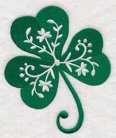the perfect hint of Irish charm to any project with this detailed clover. Add the perfect hint of Irish charm to any project with this detailed clover.,Add the perfect hint of Irish charm to any project with this det. Embroidery Files, Embroidery Applique, Towel Embroidery, St Patricks Day Wallpaper, Fleur Design, Embroidered Apron, St Patrick's Day Decorations, St Patrick's Day Crafts, Free Machine Embroidery Designs