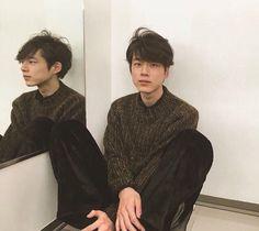 Human Poses Reference, Pose Reference Photo, Beautiful Boys, Pretty Boys, Beautiful People, Kentaro Sakaguchi, Asian Male Model, Japan Model, Aesthetic People