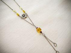 Collana argento 925 ossidato, fiori, cristalli e cubo Swarovski, perle vetro di boemia, di Ggioielli €35.00 via Etsy