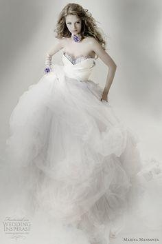 ♡ Inspiration for Bridal shoots and bridal fashion shoots with Adagio Images: www.adagio-images... and www.facebook.com/...   #bridal #whitedress #bridalinspiration ♡ Marina Mansanta