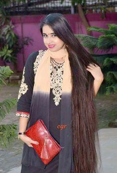 Bun Hairstyles For Long Hair, Braids For Long Hair, Indian Hairstyles, Hair Ponytail, Indian Long Hair Braid, Rapunzel Hair, Most Beautiful Bollywood Actress, Beautiful Long Hair, Beautiful Saree