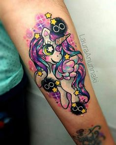 Love the color and magical nature Baby Tattoos, Dream Tattoos, Badass Tattoos, Girly Tattoos, Body Art Tattoos, Sleeve Tattoos, Laura Anunnaki, My Little Pony Unicorn, Tatuajes Tattoos