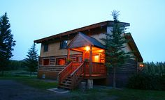 Cougar Creek Lodge