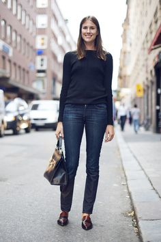 LA COOL & CHIC Simplicity is the Keynote of true elegance or style ( someone told) And this Outfit shows it.