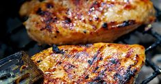 Amazing Grilled Chicken Marinade Recipe - chicken marinated in a mixture of vinegar, dijon, lemon and lime juice and brown sugar. Sweet and tangy in every bite! It is truly amazing. We ate this two nights in a row. Everyone gobbled it up. Chicken Marinade Recipes, Chicken Marinades, Marinated Chicken, Grilling Recipes, Cooking Recipes, Recipe Chicken, Grilling Chicken, Chicken Menu, Chicken Ideas