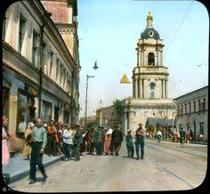 Фотография - Пятницкая улица у церкви Параскевы Пятницы - Фотографии старой Москвы