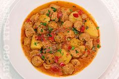 Mancare de post cu soia si cartofi, o mancare simpla, gustoasa si plina de aroma. Noua ne place foarte mult aceasta mancare si tocmai de aceea o pregatim si in restul anului. La fel ca tocanita de ciuperci. Este una din cele mai bune retete de post si se pregateste simplu si rapid. Spre deosebire [...] The post Mancare de post gustoasa appeared first on Adygio Kitchen.