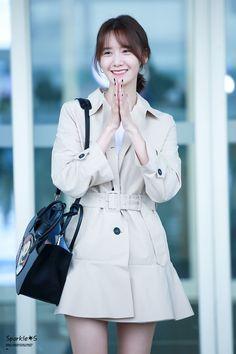 Được nhúng Airport Fashion Kpop, Kpop Fashion, Korean Fashion, South Korean Girls, Korean Girl Groups, Taeyeon Jessica, Yoona Snsd, Asian Celebrities, Girls Generation